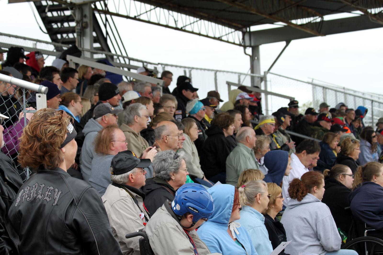 8-veteran-supporters
